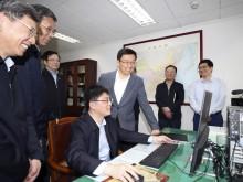 韩正在财政部调研并主持召开座谈会