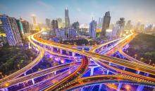 牢牢把握住中国经济持续向好的主动权